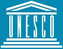 """""""Si la discordia nace en la mente de los hombres,es en la MENTE, dónde debemos levantar los baluartes para la PAZ """"UNESCO."""